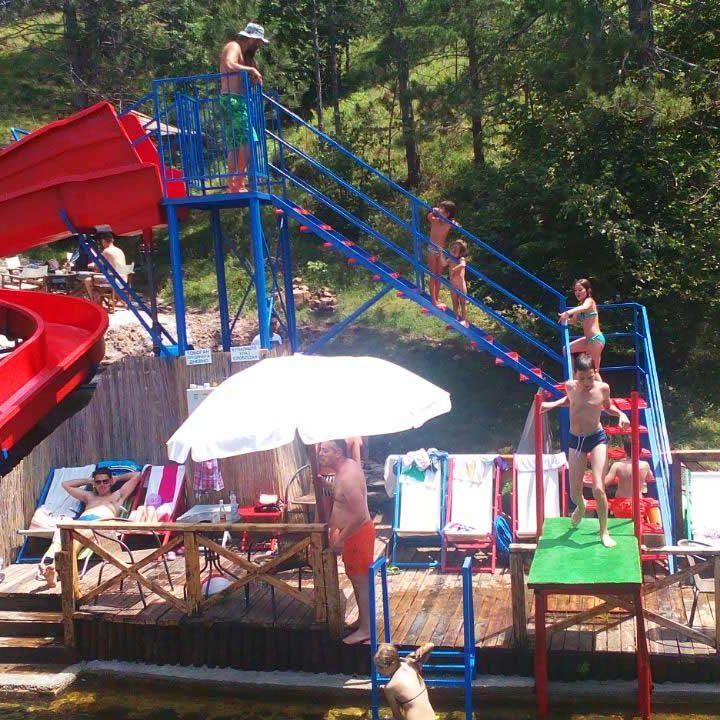 Zlatiborska jezera etno selo mini akva park